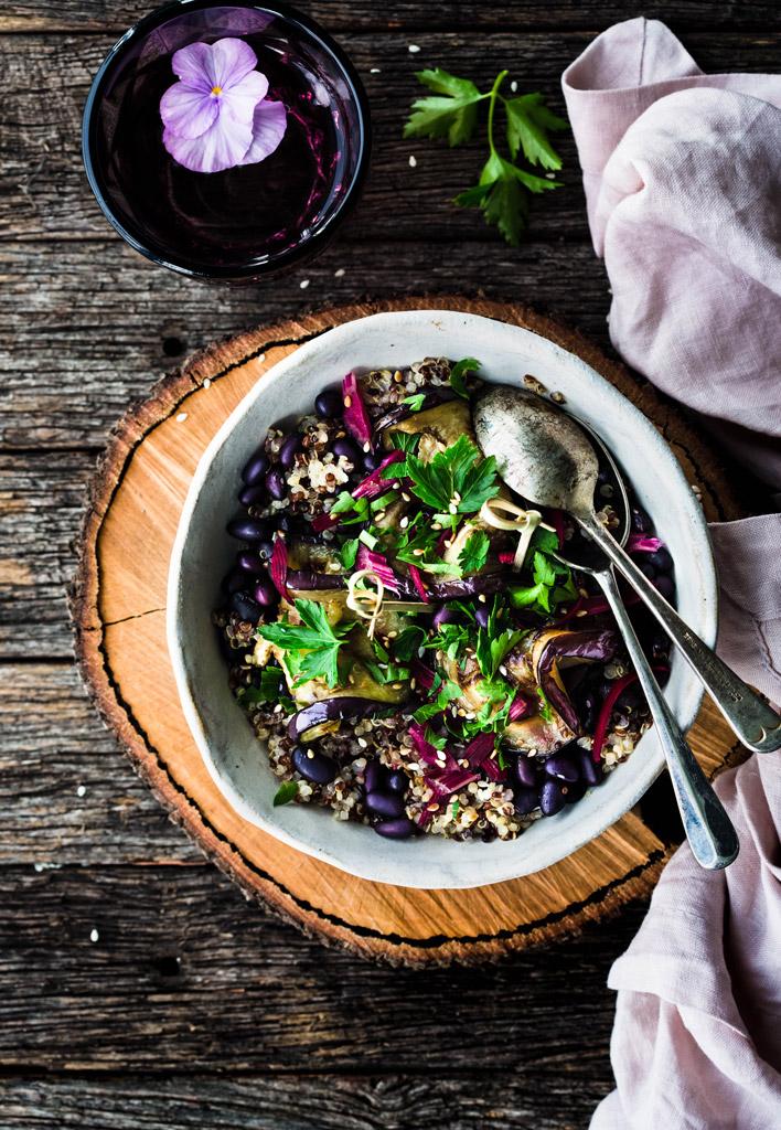 sałatka z kaszy quinoa salad