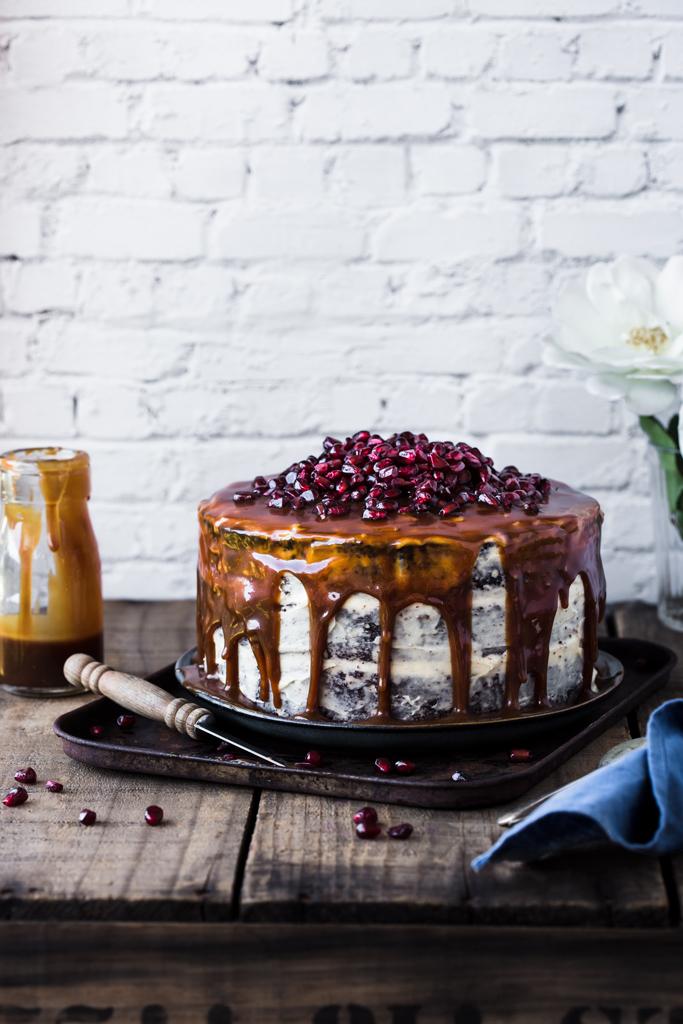ciasto-czekoladowe-z-karmelem-caramel-cake