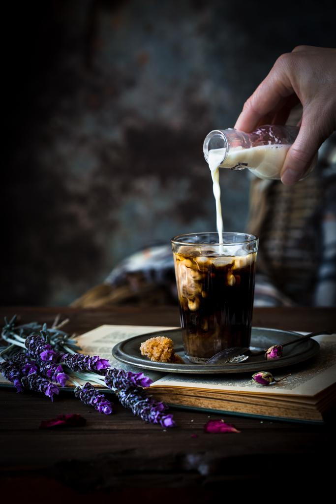 kawa-z-mlekiem-coffee-with-milk
