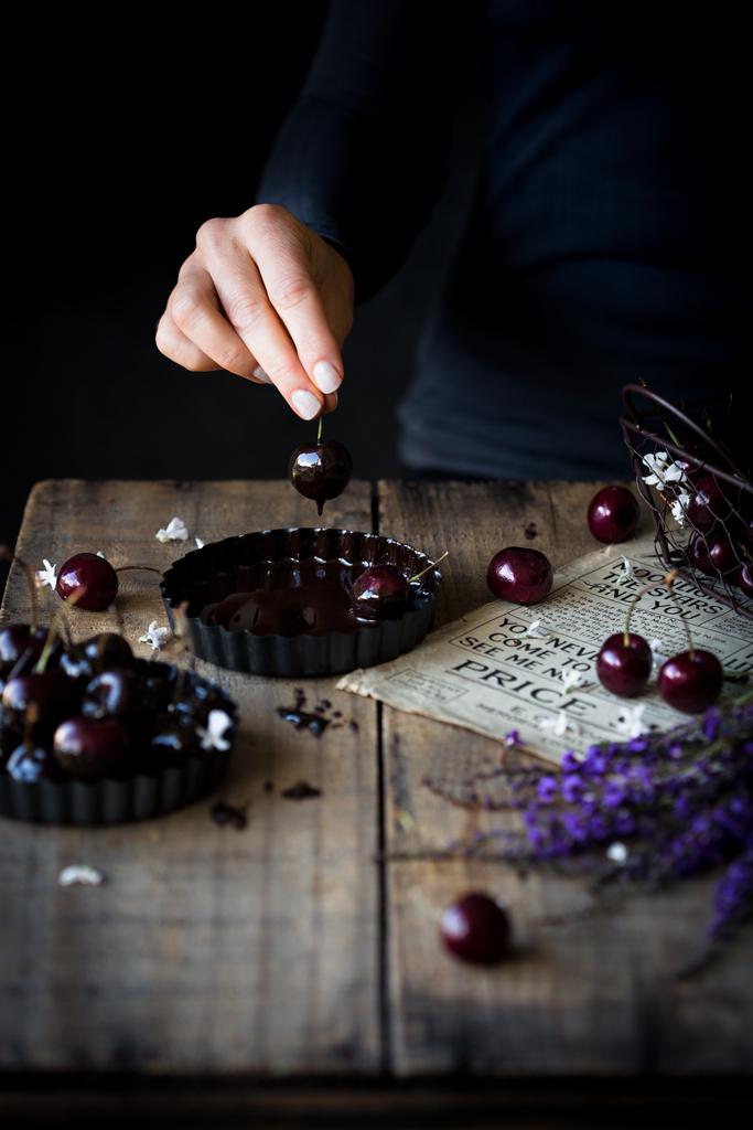 wisnie-w-gorzkiej-czekoladzie-dark-chocolate-cherries
